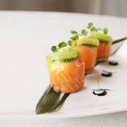 绿色猕猴桃和鲑鱼卷 配料