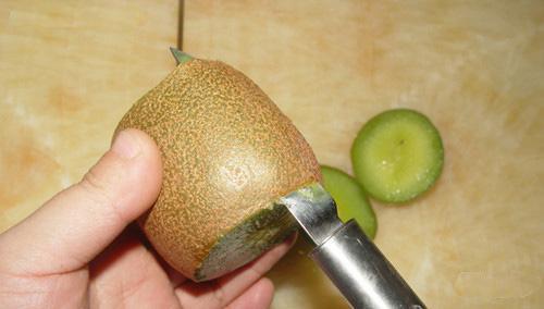 如何吃猕猴桃?