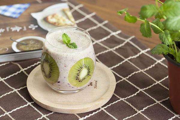 猕猴桃奶昔的做法-猕猴桃营养