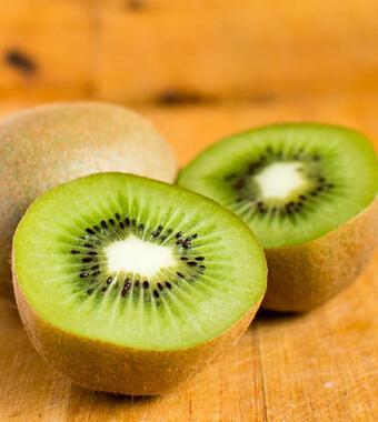 """猕猴桃怎么吃 吃猕猴桃可以""""护心"""""""