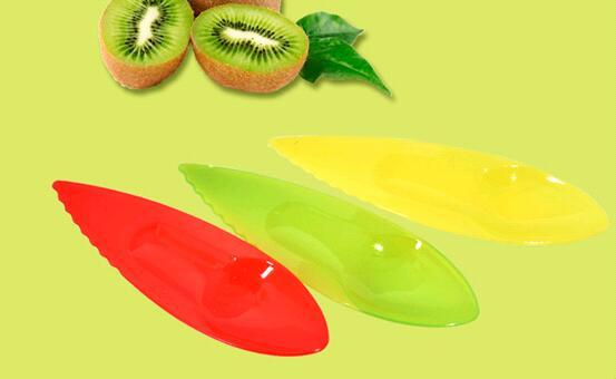 几分钱的猕猴桃的塑料勺子可能是你健康的大危害?