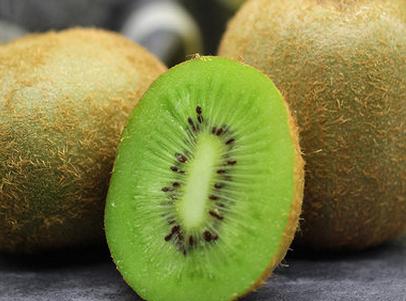 猕猴桃和什么一起榨汁能降火 猕猴桃不能和什么同食