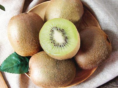 猕猴桃带皮吃的方法 猕猴桃带皮吃的好处