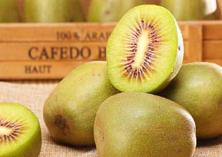 早上空腹吃猕猴桃好吗 早晨吃猕猴桃可以治便秘吗
