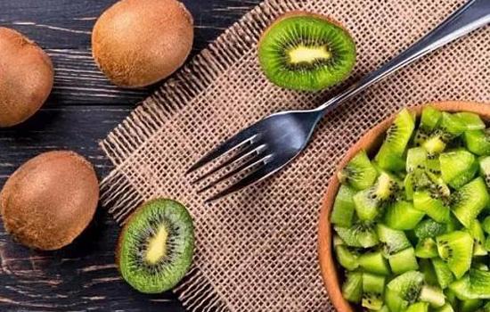 猕猴桃硬的放几天可以吃 猕猴桃为什么有酒味