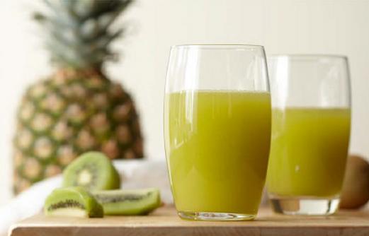 猕猴桃榨汁能加牛奶吗 猕猴桃和牛奶能一起榨汁吗