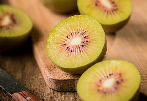 黄金果和红心猕猴桃的区别,那个好吃?